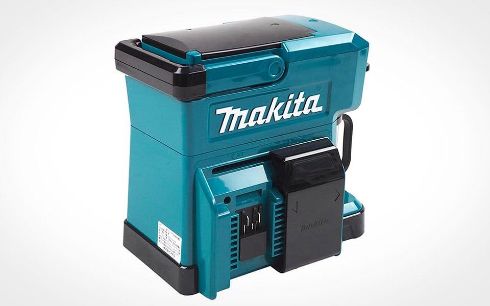 Makitas nye kaffemaskine er perfekt til arbejdspladsen