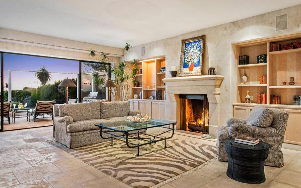 Frank Sinatras luksuriøse strandvilla i Malibu er til salg