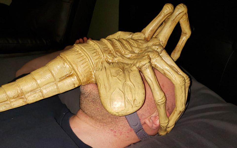 En Alien Facehugger CPAP-maske er galt, men genialt