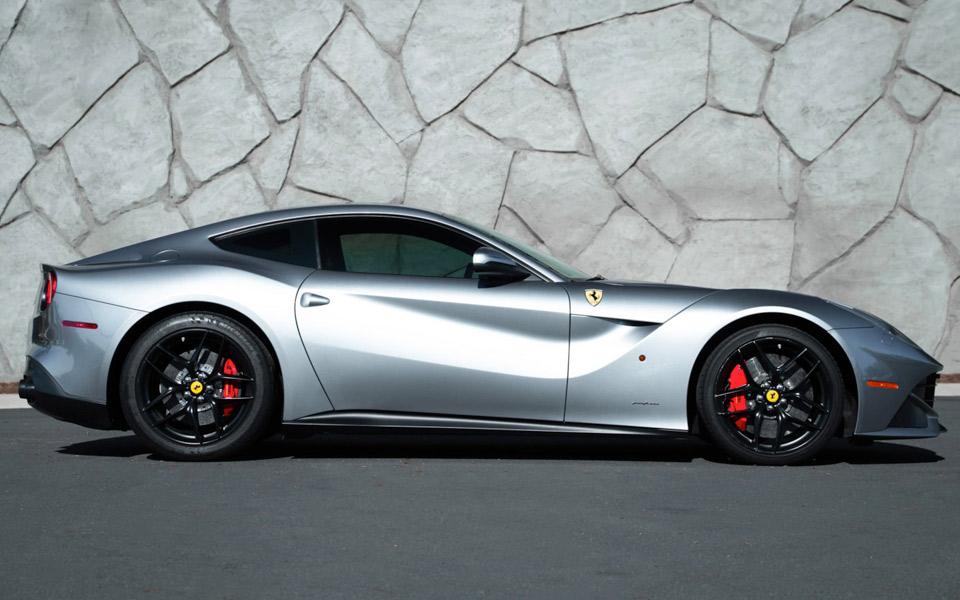 Nu kan du købe Jason Stathams Ferrari