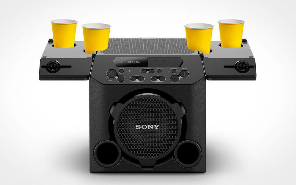Sonys nye fest-højtaler er også en kopholder