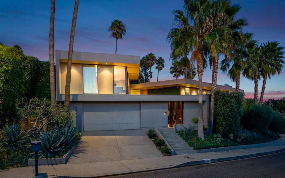 Se de blærede billeder: Elon Musk sælger sit lækre hus i Los Angeles