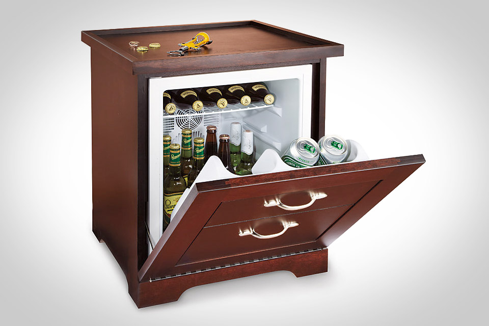 Web_ManTableMiniRefrigerator