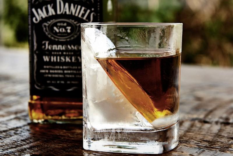 Whiskey-Wedge