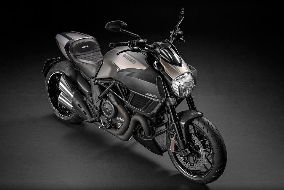 Ducati-Diavel-Titanium_3