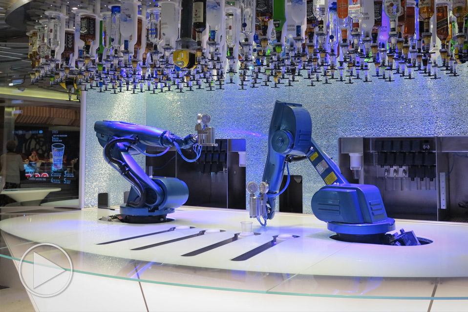 Quantum-Of-The-Seas-Robot-Bartender_1
