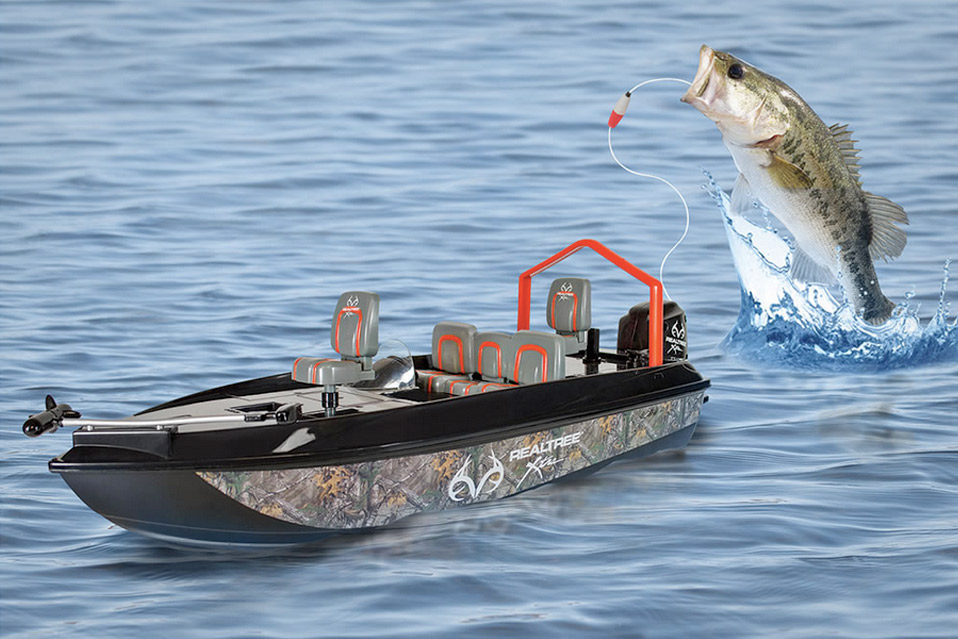 Fish-Catching-RC-Boat