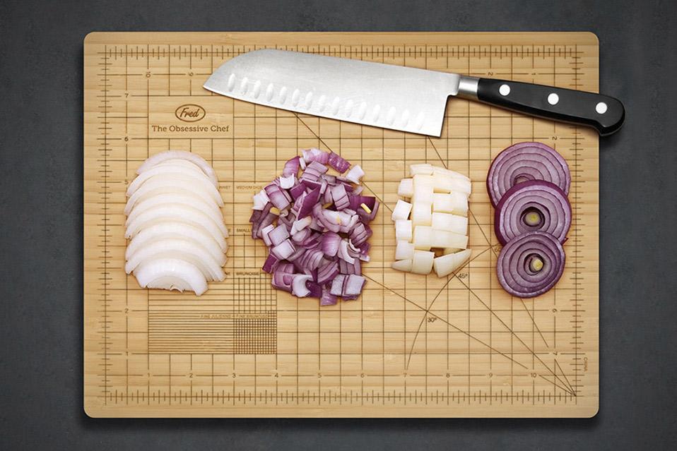 Fred-&-Friends-Obsessive-Chef-Cutting-Board_3
