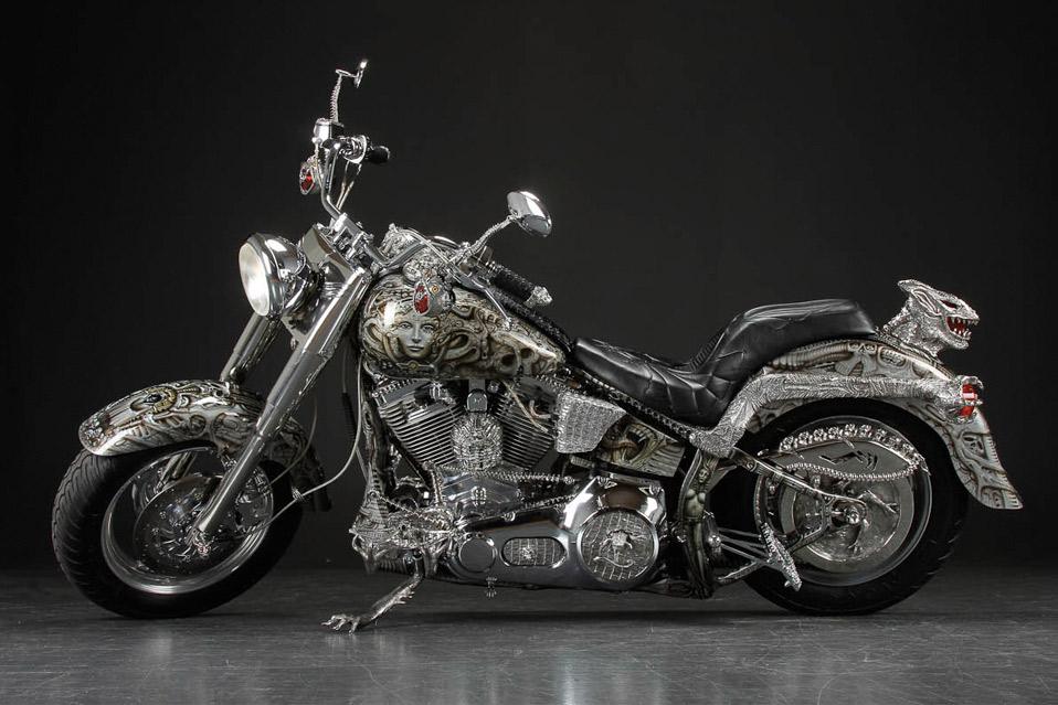 H.-R-Giger-motorcykel_11