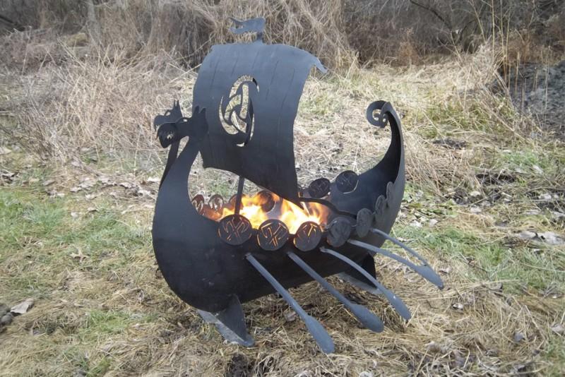 Viking-ship-Fire-pit_3