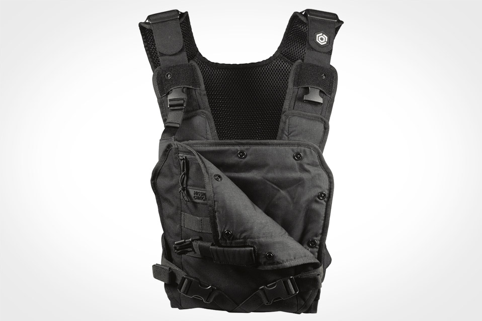 Mission-Critical-Baby-Carrier_4