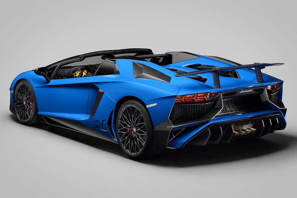 LamborghiniAventadorLP750-4SVRoadster_6
