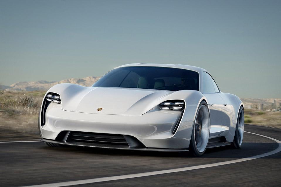 Porsche-Mission-E_8