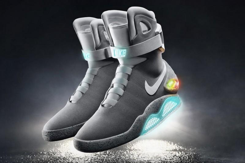 2015-Nike-Mag1
