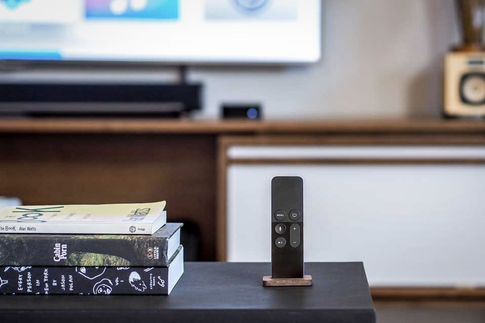 Apple-TV-Remote-Stand_1