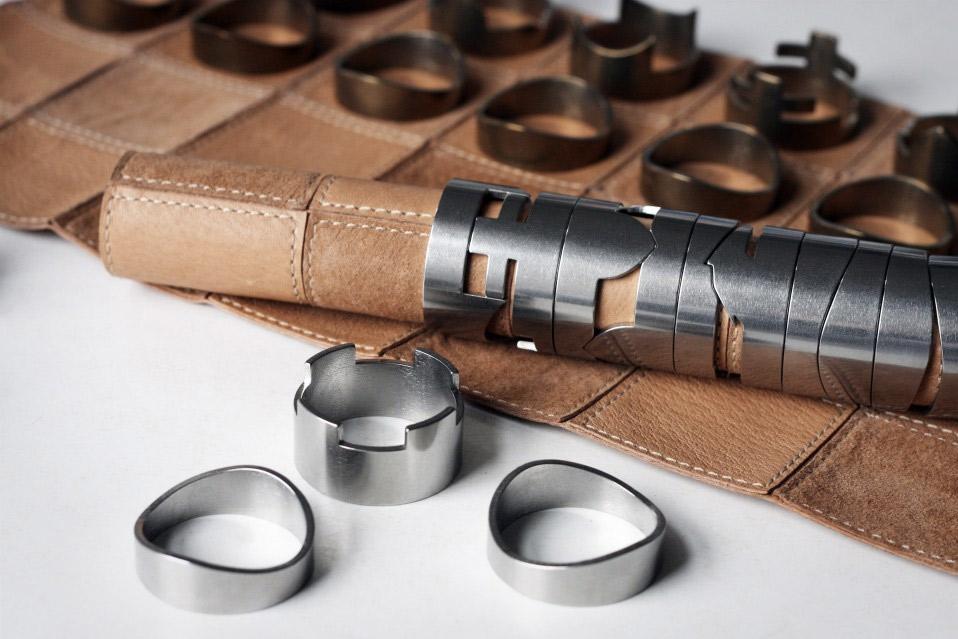 Raw-Studio-Chess-Set_3