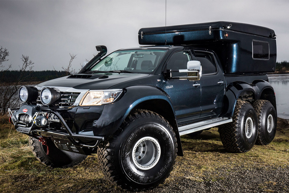 Toyota-HILUX-AT44-6x6_2