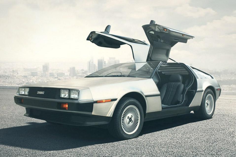 DeLorean-DMC-12_1
