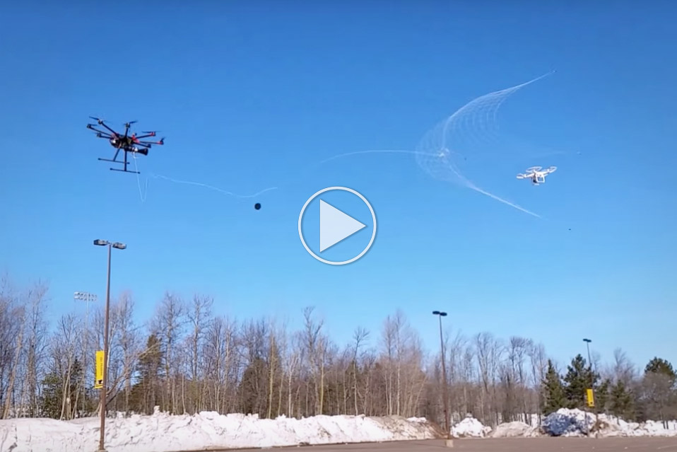 Drone-fanger-drone_fb