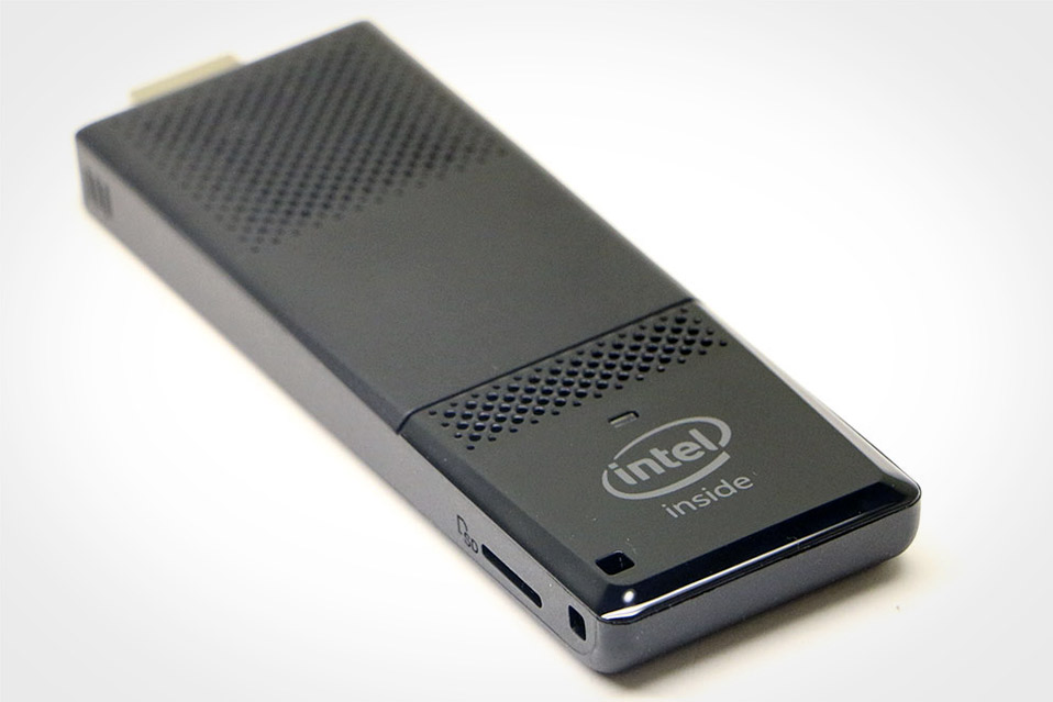 Intel-Compute-Stick-(2016)_2