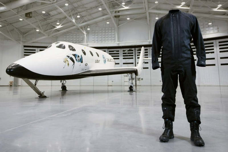 Virgin-Galactic-X-Y-3-Space-Apparel_8