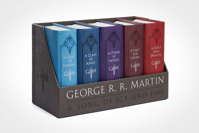 A-Song-of-Ice-and-Fire-Cloth-Bound-Boxed-Set_3