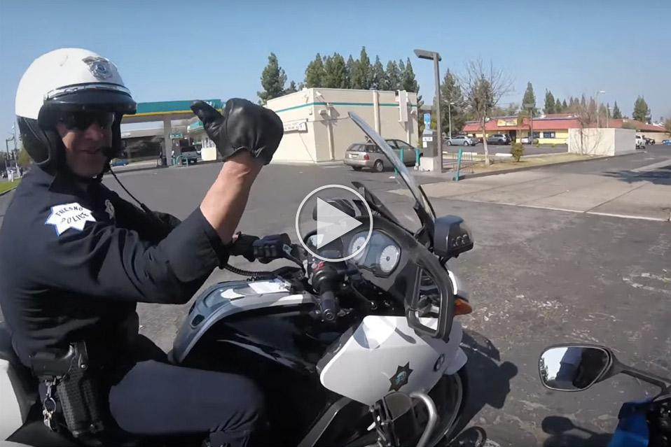 Verdens-sejeste-motorcykelbetjent_1
