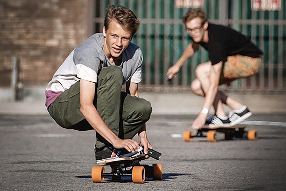Sådan laver du et elektrisk skateboard med en boremaskine - MANDESAGER