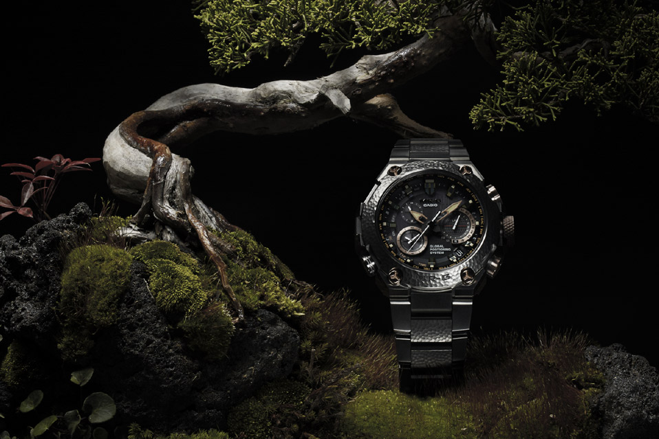 Casio-G-Shock-MR-G-Hammer-Tone_4