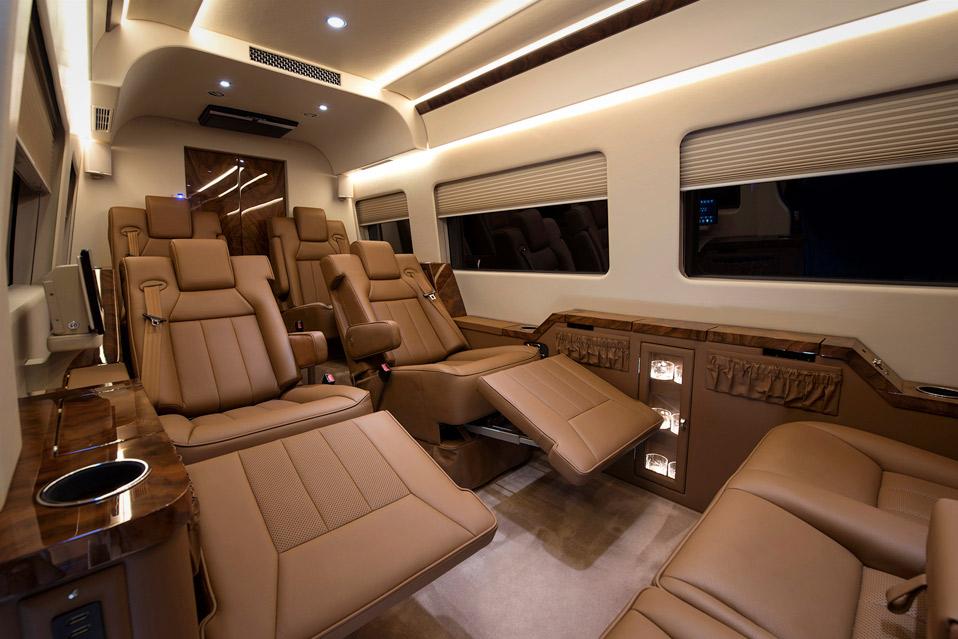 Forestil dig det luksuri se interi r i et privatfly har for Mercedes benz sprinter jetvan