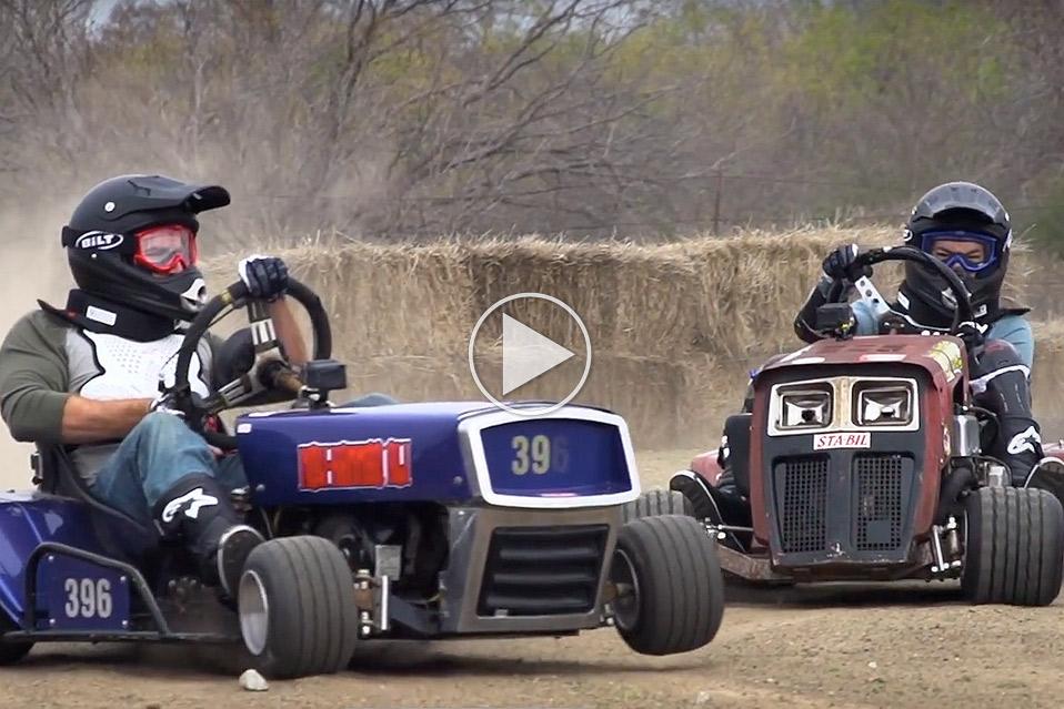 Lawnmower-Racing-Battle_1