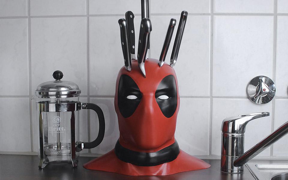 Deadpool-Knife-Block_4