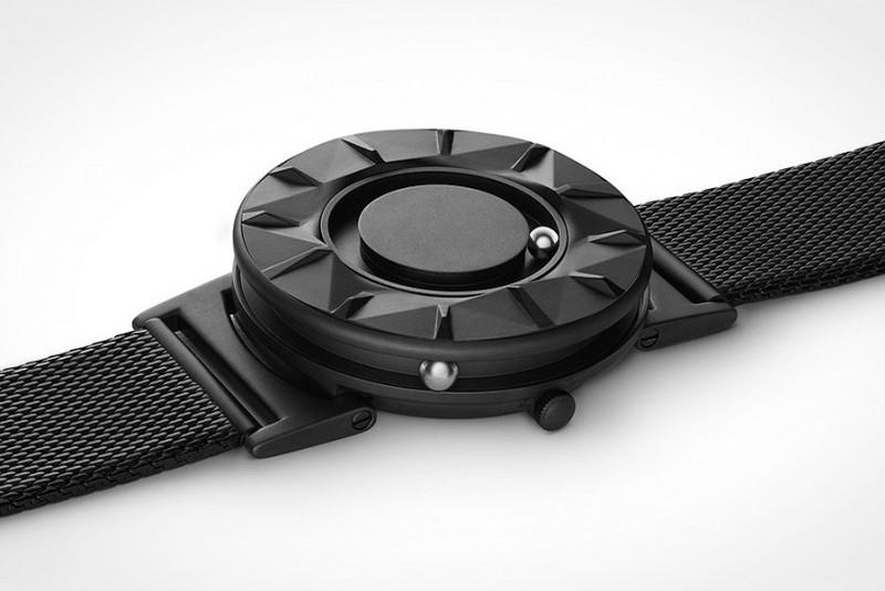 Eone Timepieces Bradley Element