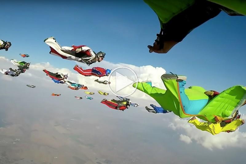 Se-61-wingsuits-satte-ny-imponerende-verdensrekord_1