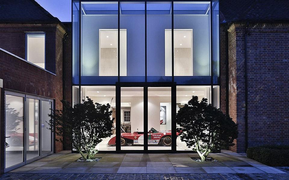 Det-perfekte-hus-til-bil-blareroven-er-til-salg_25