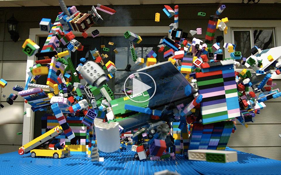 The-Slow-Mo-Guys-smadrer-LEGO_1