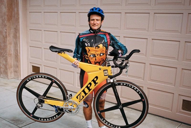 Robin-Williams-havde-en-skor-cykelsamling_1