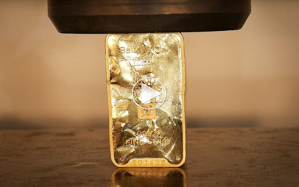 1-kilo-rent-guld-til-280000-kroner-moder-en-hydraulisk-presse_1