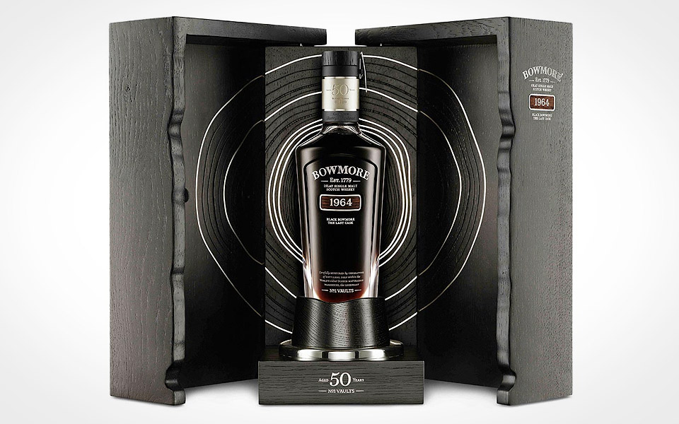 Black-Bowmore-Scotch_1