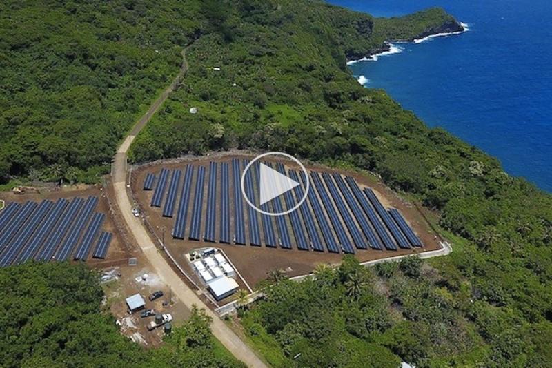 SolarCity-og-Tesla-driver-en-hel-o-med-solenergi_1