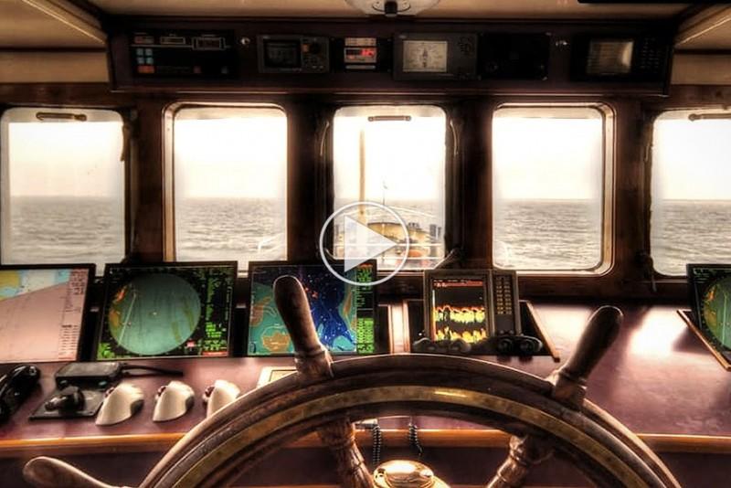 Derfor-maler-man-et-skibs-hastighed-i-knob-og-ikke-kmt_1