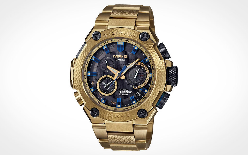 G-Shock-MR-G-Gold-Hammer-Tone_3