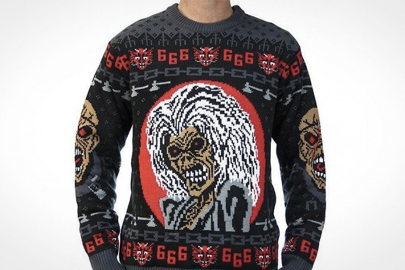 Iron-Maiden-Julesweater_2
