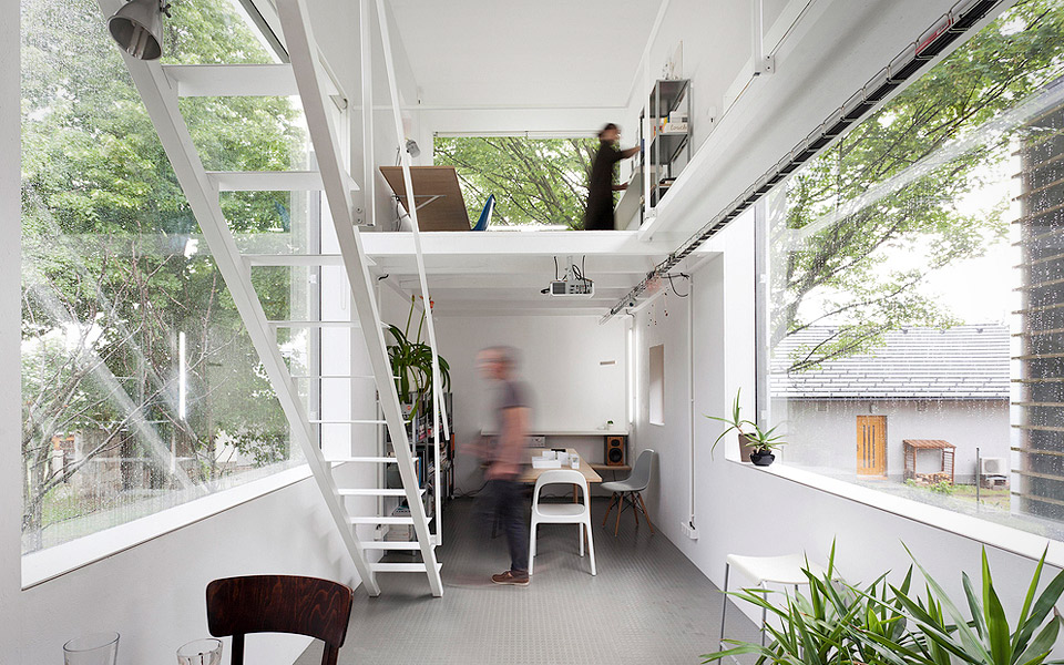 Petr stolín architekt zen house mandesager