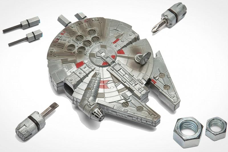 Star-Wars-Millennium-Falcon-Multi-Tool_2