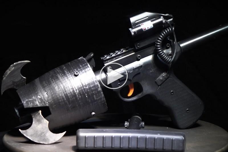 The-Hacksmith-bygger-Batmans-Grappling-Hook-Gun_1