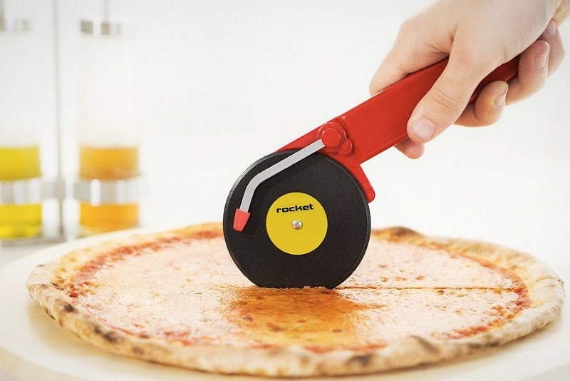 Turntable-Pizza-Cutter_2