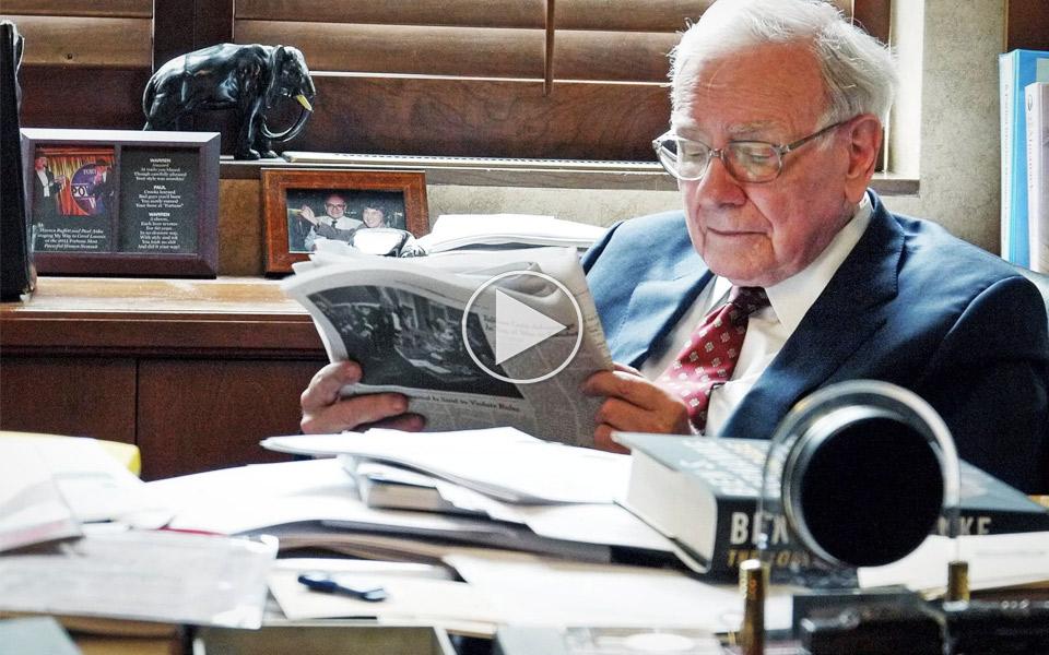 Becoming-Warren-Buffett_1