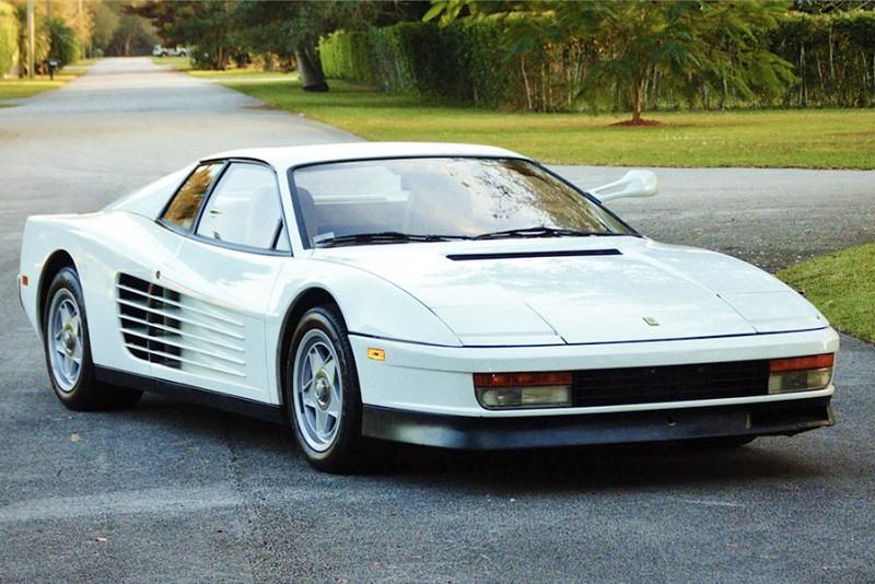 Den-hvide-Ferrari-fra-Miami-Vice-kan-nu-blive-din_4