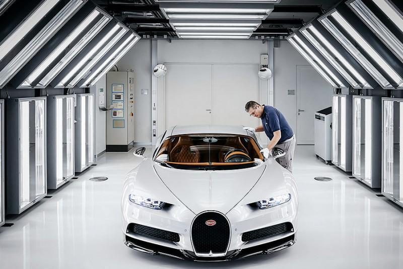 Bugatti-Chiron-bliver-lavet-pa-det-reneste-varksted-i-verden_11
